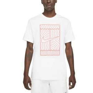 Camisetas de Tenis Hombre Nike Court Graphic Camiseta  White/Bright Mango DC5246100