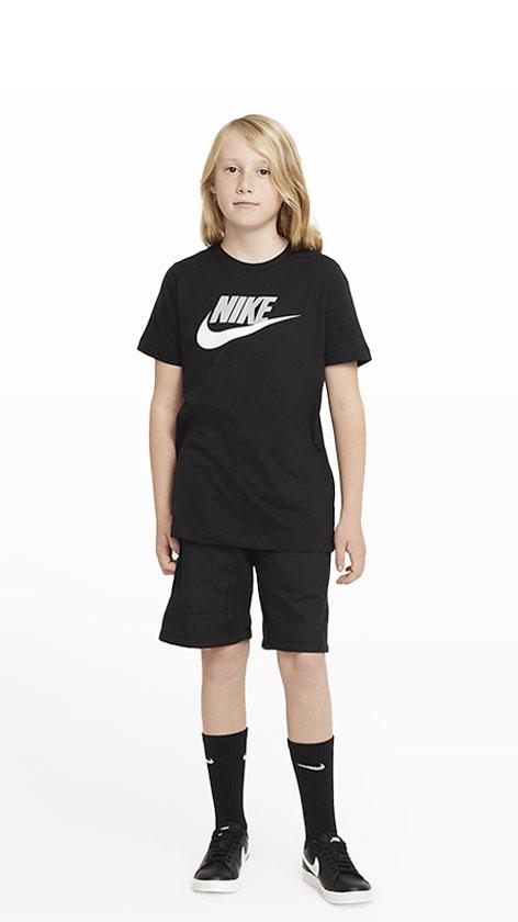 Nike Futura Icon Look