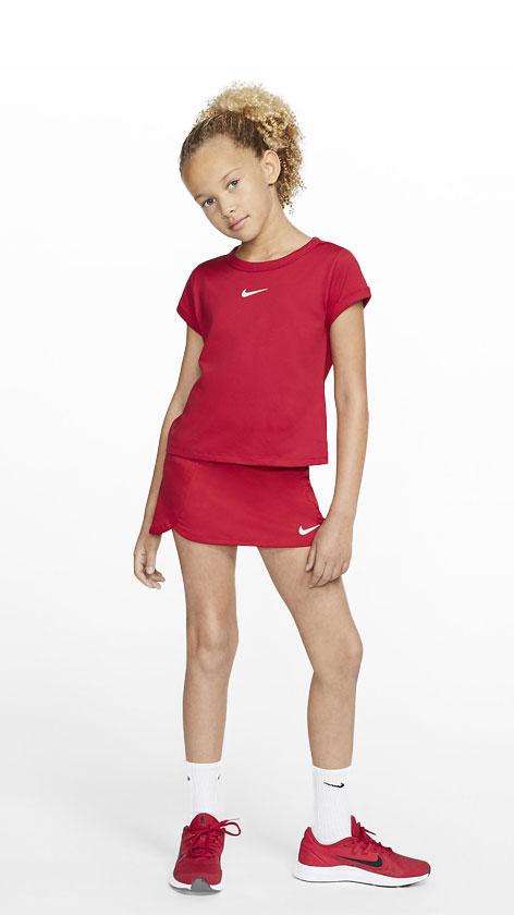 Nike Girl Red Look